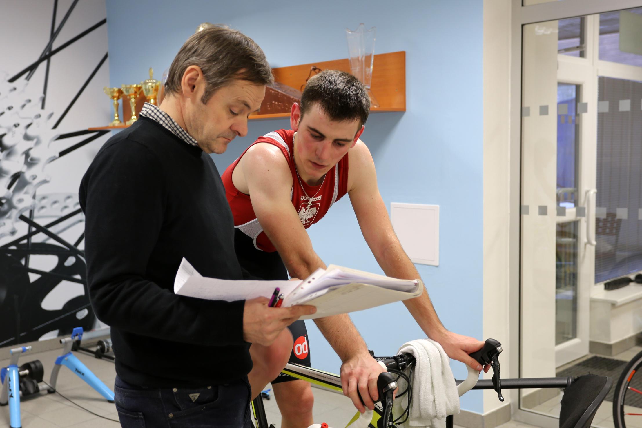 Trenér Ota Fiala s mladým polským jezdcem Przemyslawem Kasperkiewiczem.