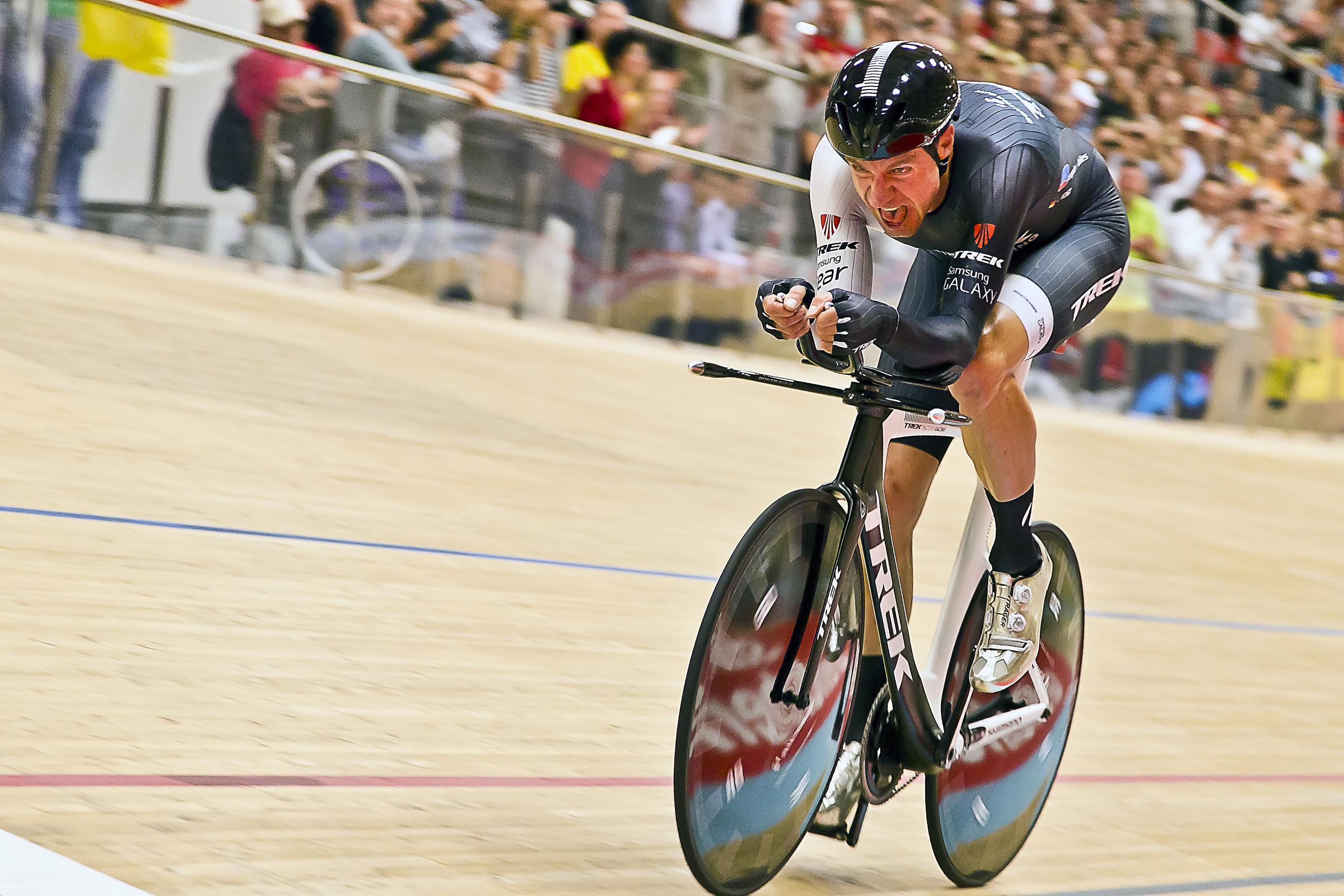 Jens Voigt při rekordní jízdě.
