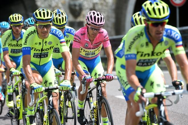 Contador s týmem.
