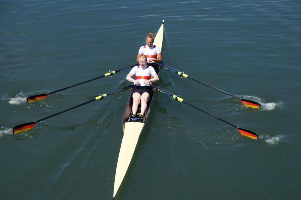 Ženský dvojskif Německa v olympijské sestavě.