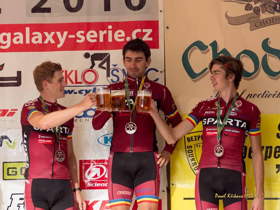 Stupně vítězů Tour de Brdy 2016.
