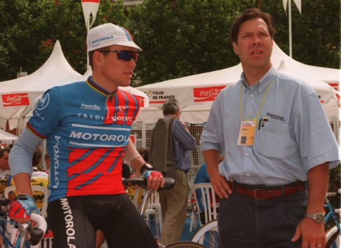 Armstrong s Ochowiczem.