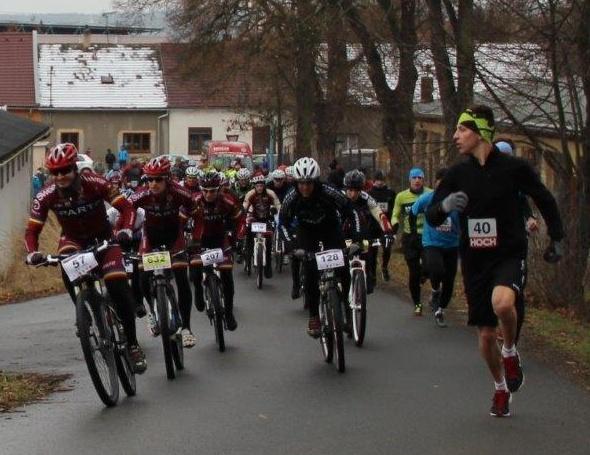 Cyklisté versus běžci