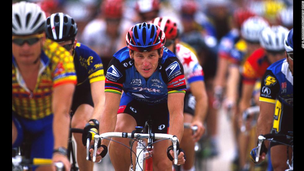 Lance Armstrong v jednom z ročníků benefice Ride for the Roses.