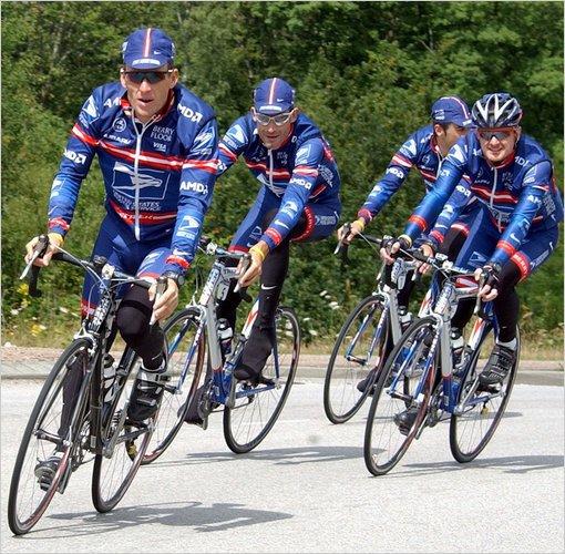 Armstrong, Hincapie a Landis.