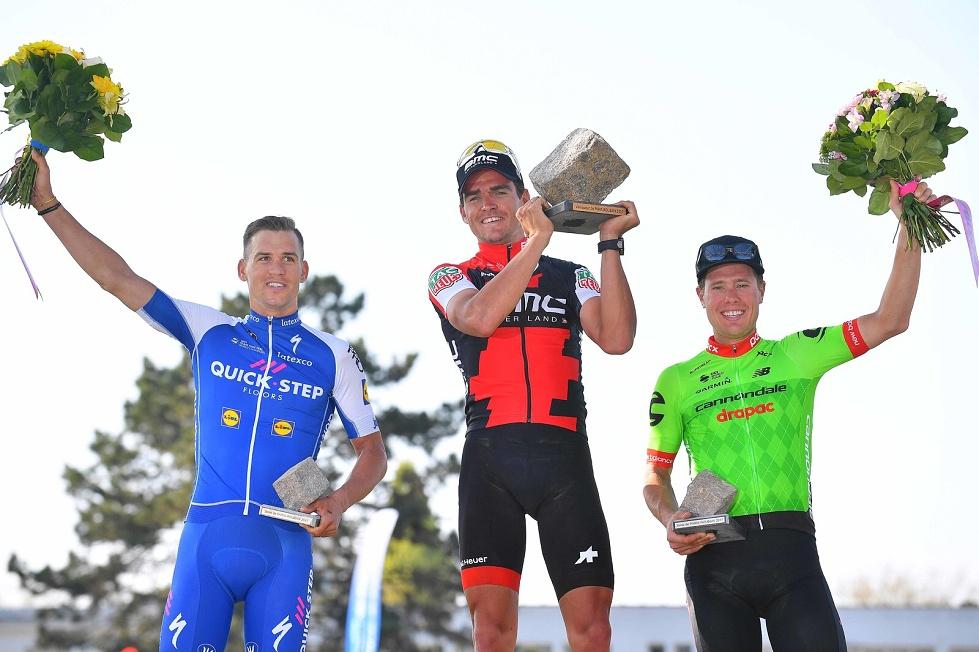 Stupně vítězů v Roubaix 2017.